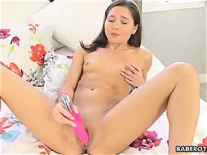 masturbation is a daily routine for Zoe Bloom