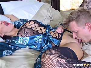 hotwife wife Peta Jensen slit thrashed by Bill Bailey