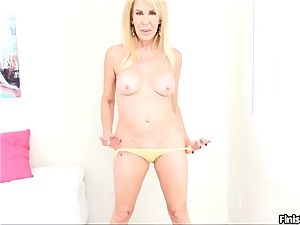 pov blonde milf The expert In Incessant teasing