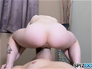Erin Rodgers jammed nut deep and cummed on her lovely face