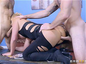 Phoenix Marie getting dp