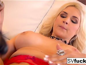 Sarah Vandella uses a phat toy in her taut gash