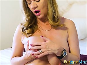 EuropeMaturE uber-sexy Mature Solos warm Compilation