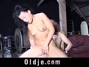 Nataly Lancaster invites senior decrepit to ass fucking nail her