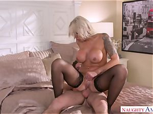 My friend's bitchy stepmother Nina Elle penetrates my young penis