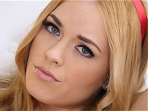 bare onanism with sandy-haired Bailey Rayne