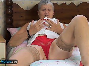 EuropeMaturE grandmother inviting Solo Compilation