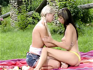 Playful Picnickers by g/g Erotica Mellie and Camie