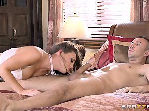 Keiran Lee plunging his lollipop deep into Abigail Mac