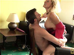 brit victim cougar bouncing ontop maledoms man sausage