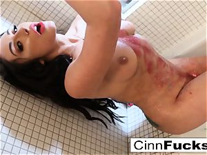Christiana Cinn glitters up her bathroom and bathtub