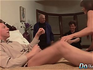 super-sexy Jenla Moore nails while her hubby observes