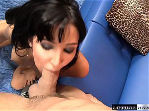 Diana Prince rims and masturbates a lucky prick