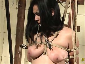 wild dominatrix tears up her sub with a wire on
