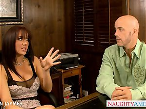 buxom dark haired Jayden Jaymes gets nailed