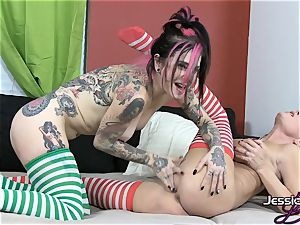 Jessica Jaymes knows how to feast xmas