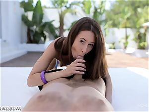 A youthful dame gets her gash rigid ravaging
