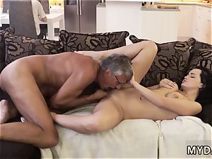 older stud spunks inwards What would you prefer - computer or your girlfriend?