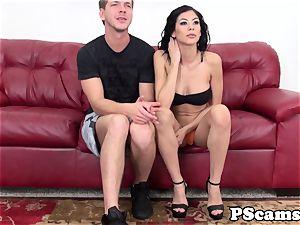 Bigtitted webcam woman Heather Vahn deep throats