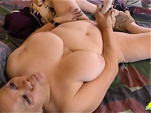 LATINCHILI grandma Gloria milking mexican slit