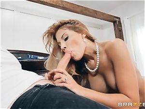 cougar Mercedes Carrera rides dangled ultra-kinky Van Wylde
