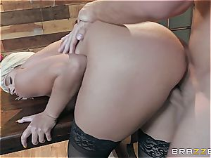 sensuous blondie gets crazy using crop fluid and her cock-squeezing cunt